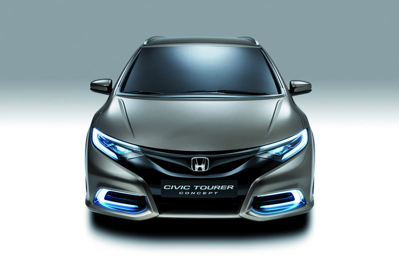 Lire l'article « Honda Civic Tourer Concept »