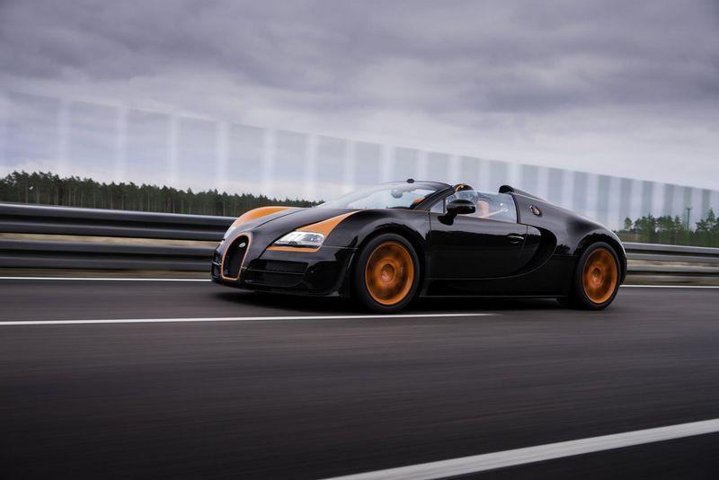 Lire l'article «Record de vitesse en cabriolet : 409 km/h pour la Bugatti Veyron 16.4 Grand Sport Vitesse»