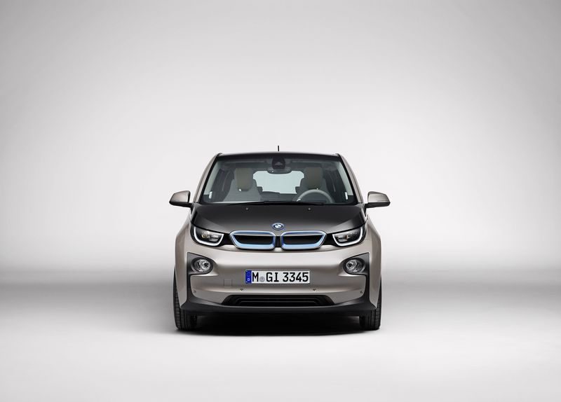 nouvelle bmw i3 la citadine 100 lectrique. Black Bedroom Furniture Sets. Home Design Ideas