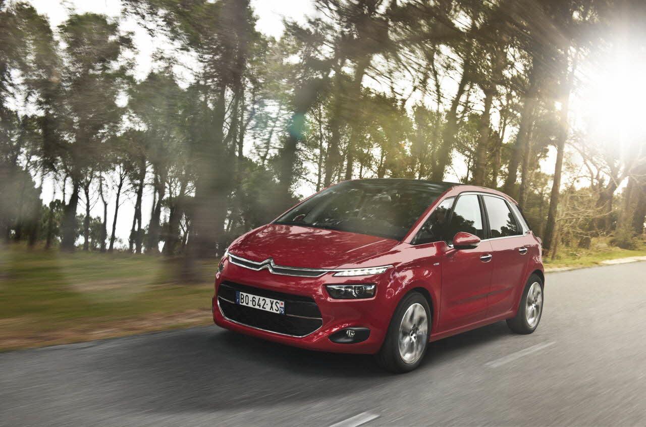 Lire l'article «Essai Citroën C4 Picasso & Grand C4 Picasso : A conduire»