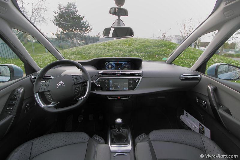 Lire l'article «Essai Citroën C4 Picasso & Grand C4 Picasso : Intérieur»