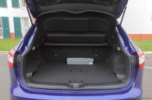 Nissan Qashqai 2 coffre - Vivre Auto