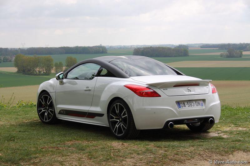 Lire l'article «Essai Peugeot RCZ R : comme Radicale !»