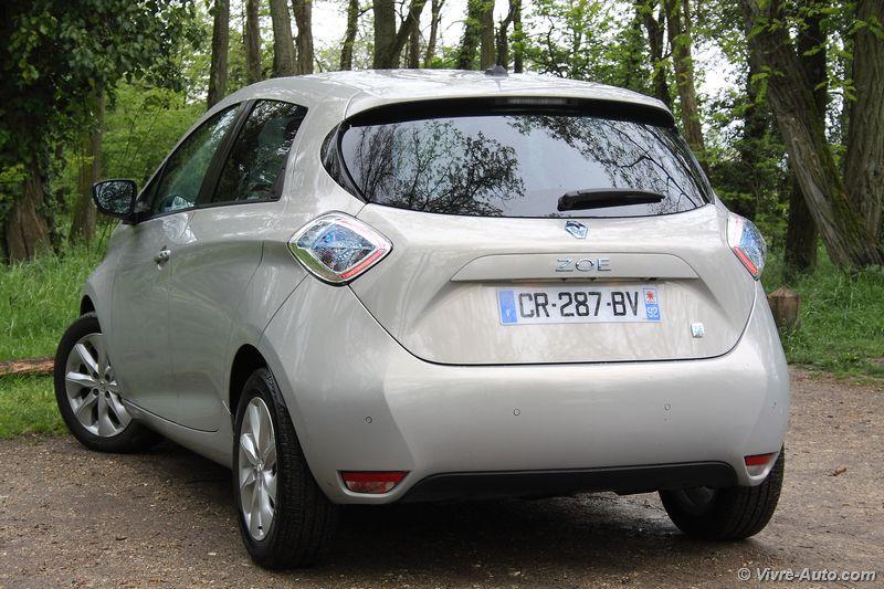 Lire l'article «Essai Renault Zoe : la demoiselle électrique»