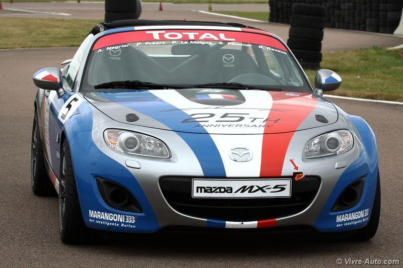 Lire l'article «25ème anniversaire de la Mazda MX-5 : journée sur circuit au côté d'Olivier Panis»