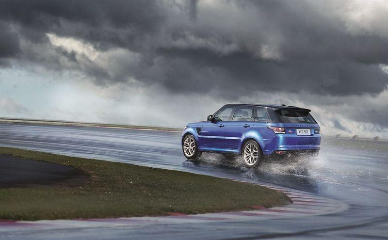 Lire l'article «Range Rover Sport SVR : le Land Rover le plus puissant»