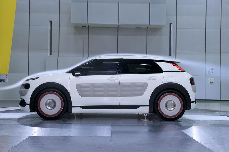 Lire l'article «Citroën C4 Cactus Airflow 2L Concept»