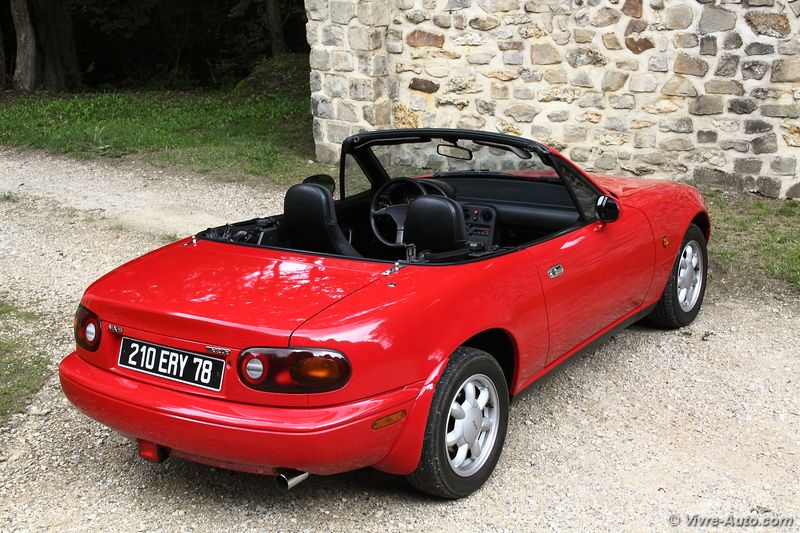 essai mazda mx 5 na de 1991 le d but d 39 un long succ s. Black Bedroom Furniture Sets. Home Design Ideas