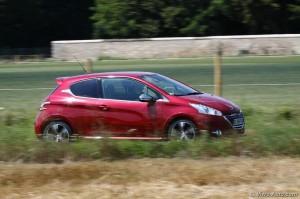 Peugeot 208 GTi - essai Vivre Auto