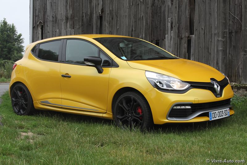 2019 - [Renault] Clio V (BJA) - Page 8 Vivre-auto-renault-clio-rs-essai-04