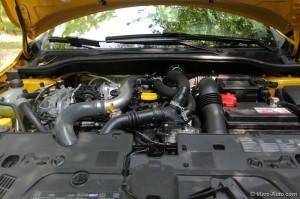 Renault Clio RS 4 moteur - essai Vivre Auto