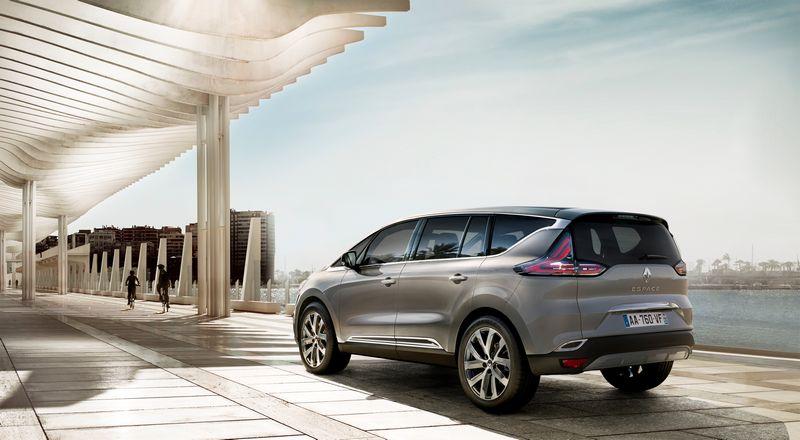 Lire l'article «Nouveau Renault Espace : les premières photos officielles»