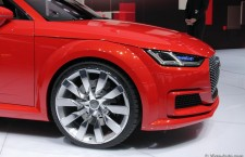 vivre-auto-salon-paris-2014-stand-audi-06