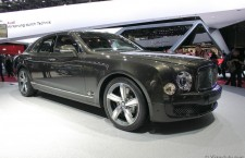 vivre-auto-salon-paris-2014-stand-bentley-05
