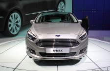 vivre-auto-salon-paris-2014-stand-ford-13