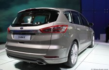 vivre-auto-salon-paris-2014-stand-ford-15