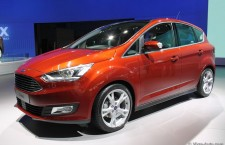 vivre-auto-salon-paris-2014-stand-ford-18