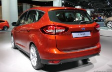 vivre-auto-salon-paris-2014-stand-ford-19