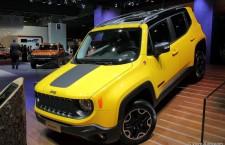 vivre-auto-salon-paris-2014-stand-jeep-02