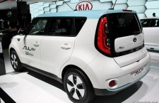 vivre-auto-salon-paris-2014-stand-kia-04