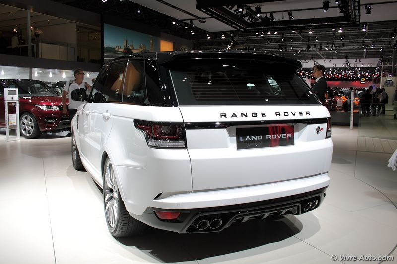 Vivre auto salon paris 2014 stand land rover 04 for Stand salon auto