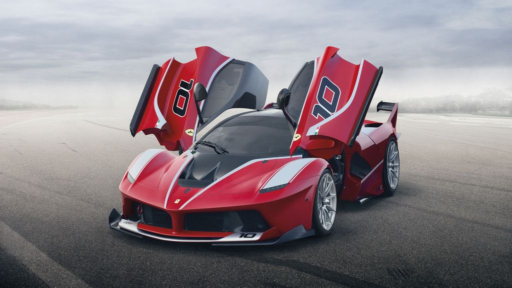 Lire l'article « Ferrari FXX K : 1 050 ch exclusivement sur circuit »