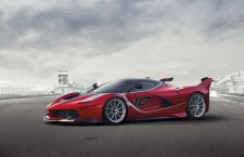 Ferrari FXX K : 1 050 ch exclusivement sur circuit