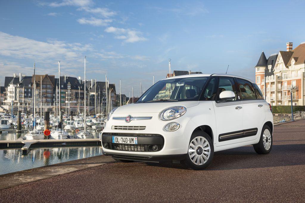 Lire l'article «Série limitée Fiat 500L Petit Bateau»