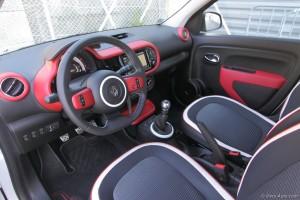 Renault Twingo 3 intérieur - essai sur Vivre Auto