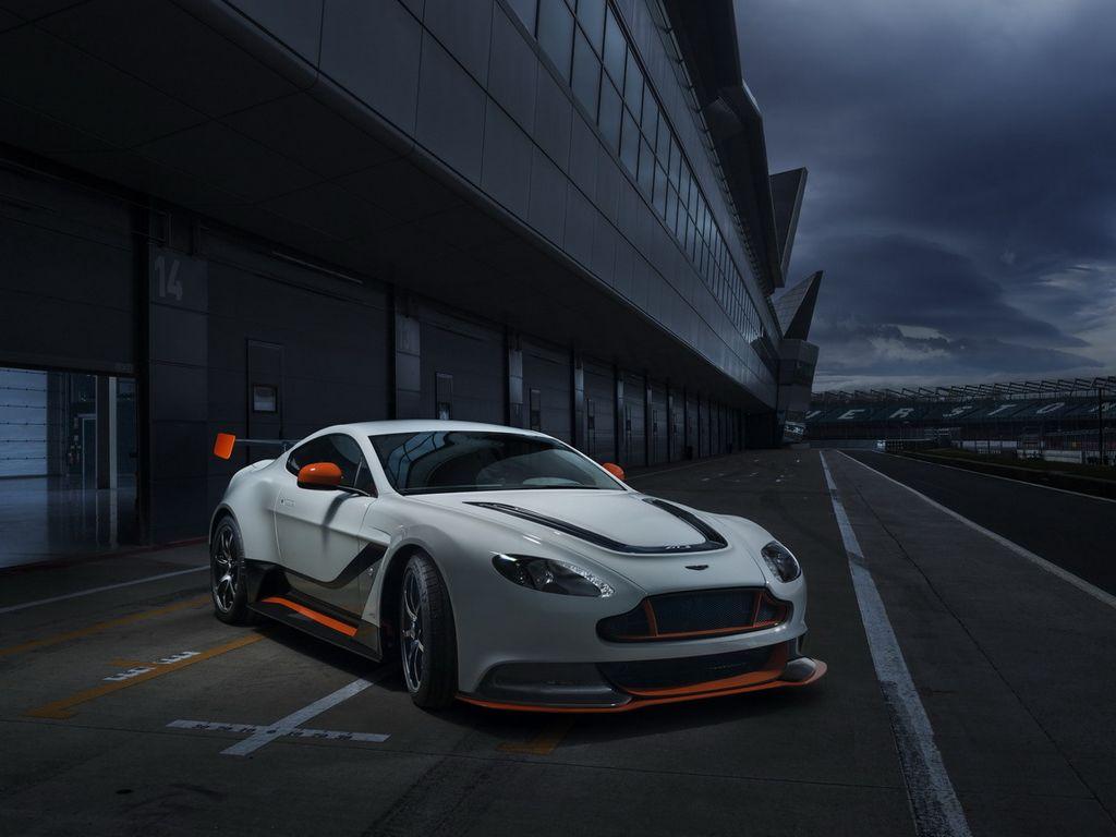 Lire l'article «Aston Martin Vantage GT3»