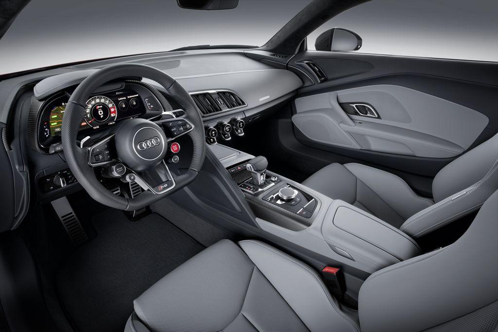 Lire l'article «Nouvelle Audi R8 V10 & R8 e-tron»
