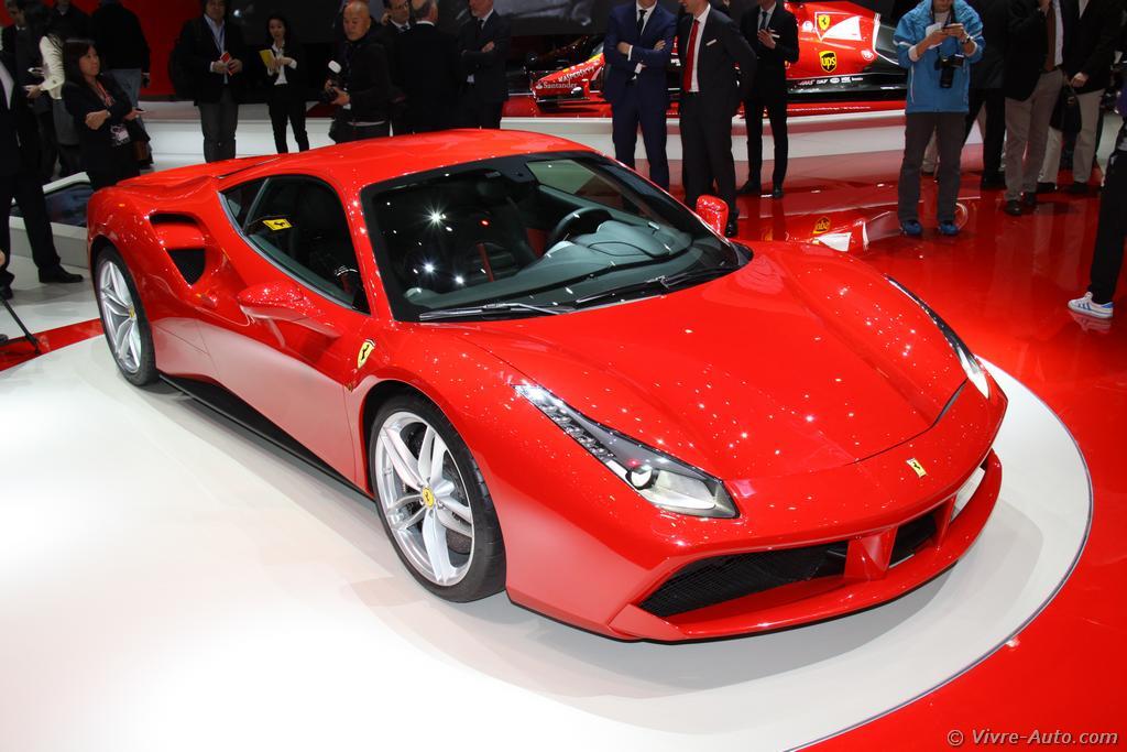 Lire l'article «Genève 2015 : les photos de la Ferrari 488»