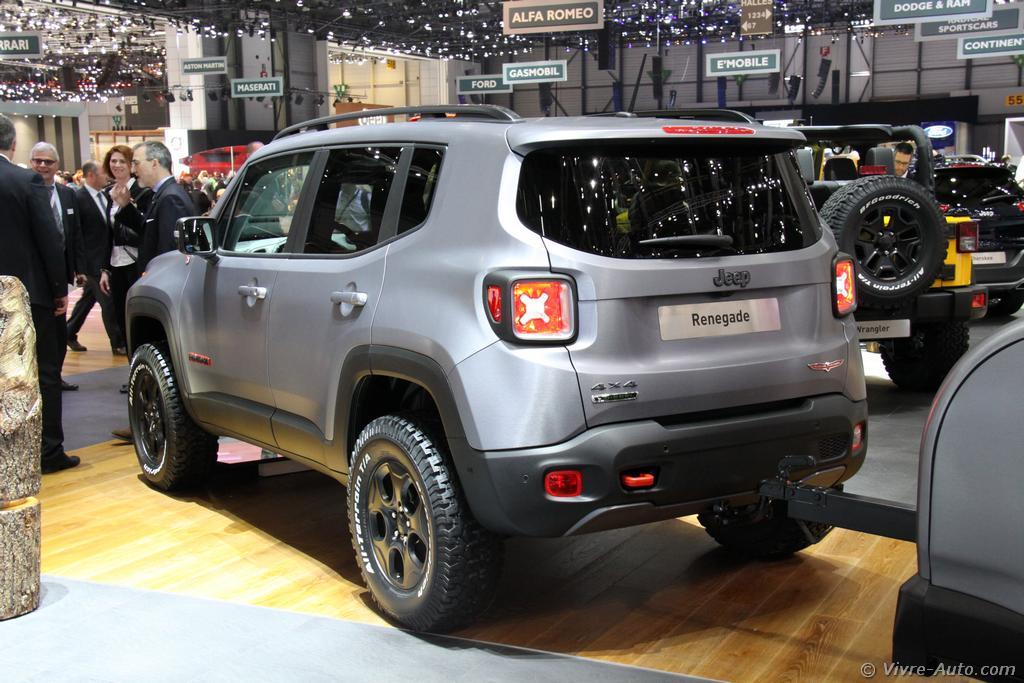 Lire l'article «Genève 2015 : les photos du stand Jeep»
