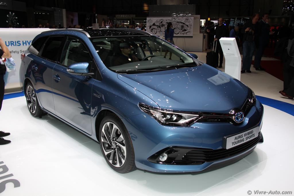 Lire l'article «Genève 2015 : les photos du stand Toyota»