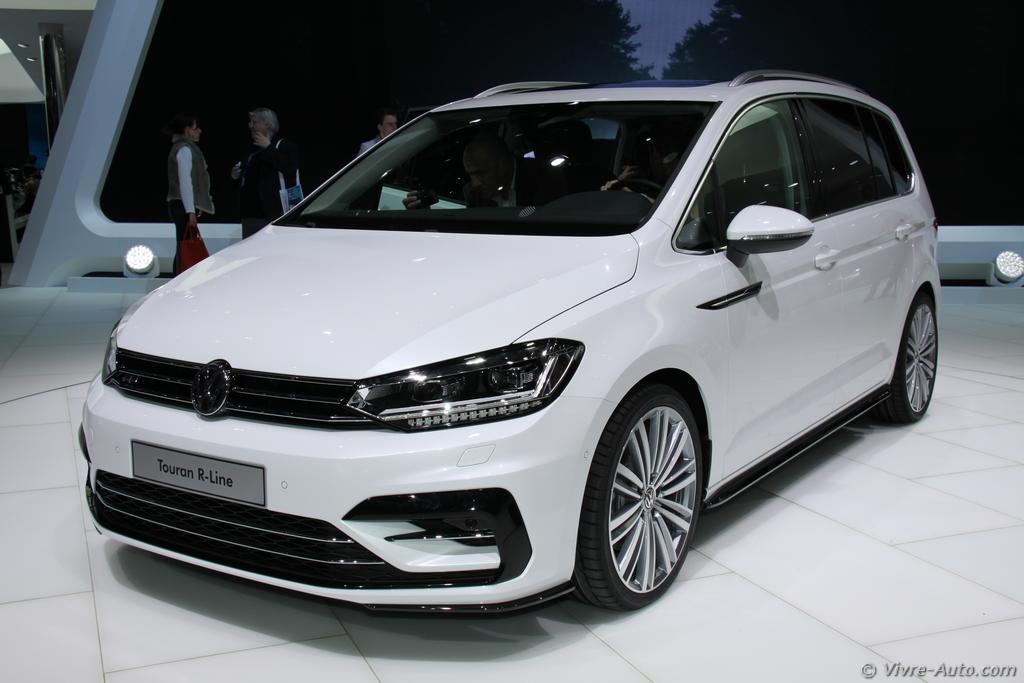 Lire l'article «Genève 2015 : les photos du stand Volkswagen»