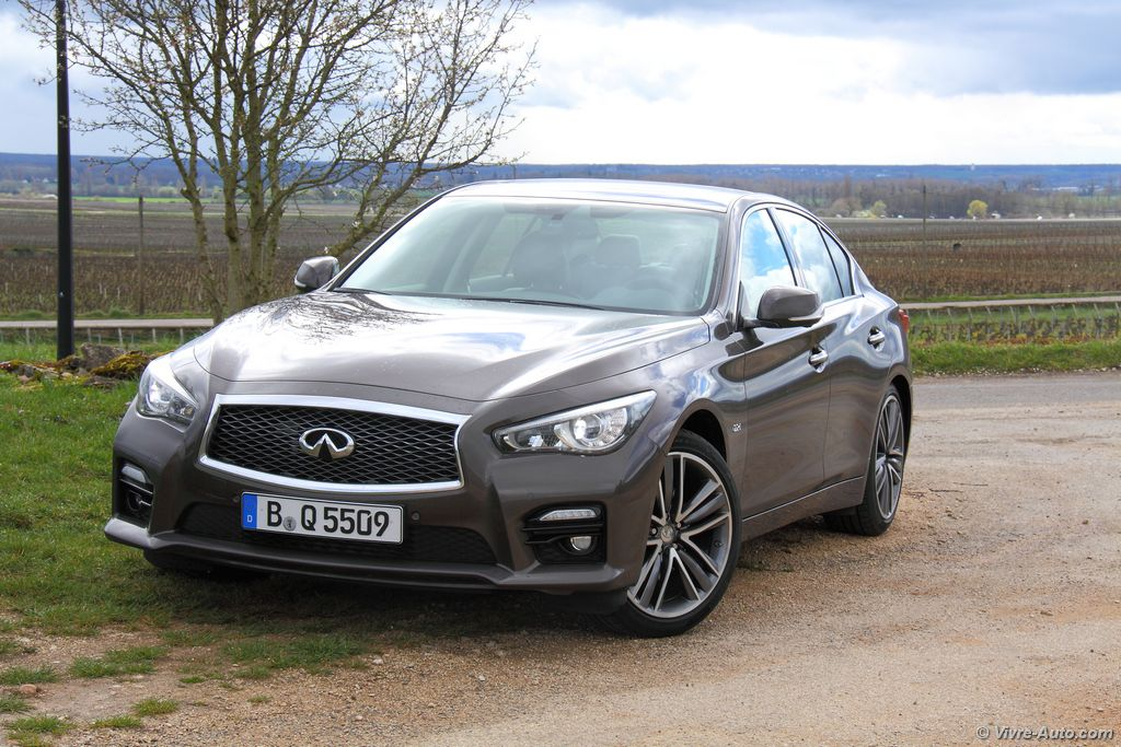 Lire l'article « Essai Infiniti Q50 2.2d 7AT Sport »