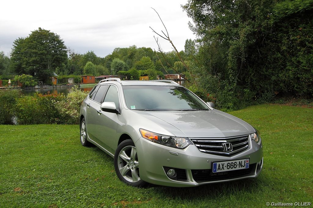 Lire l'article « Essai Honda Accord Tourer 2.2 i-DTEC 150 »