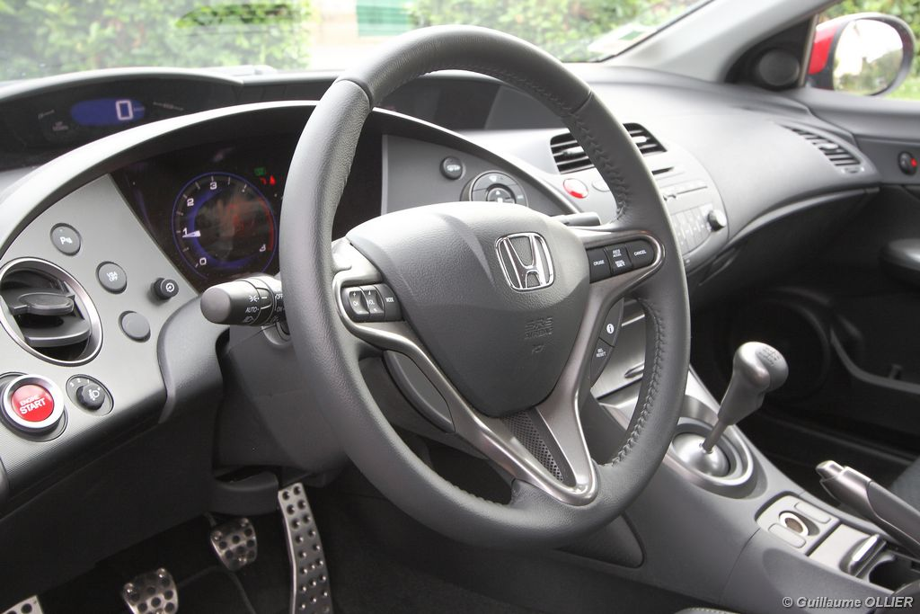 Lire l'article « Essai Honda Civic 2.2 i-CDTi 140 »
