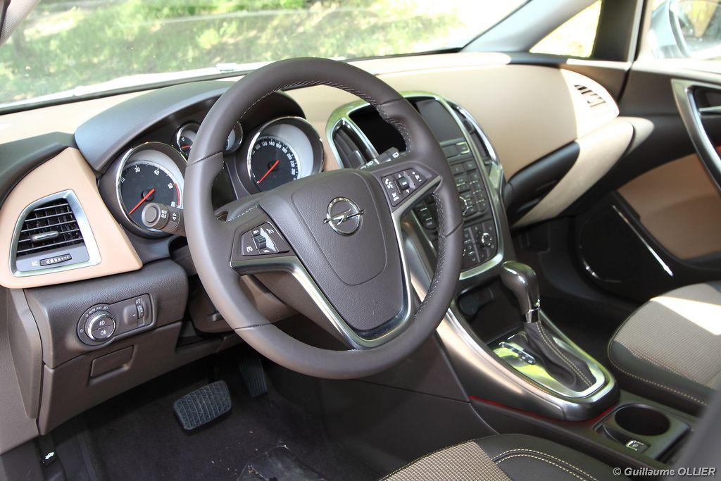 Lire l'article «Essai Opel Astra Tourer CDTi 160»