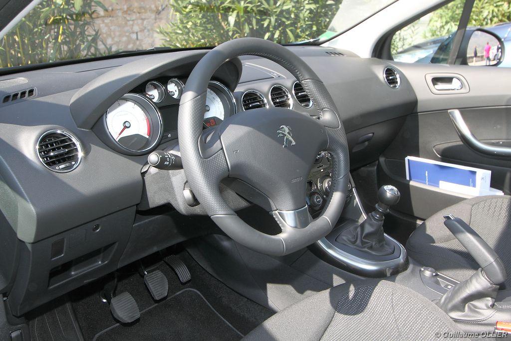 Lire l'article «Essai Peugeot 308 restylée e-HDi 112»