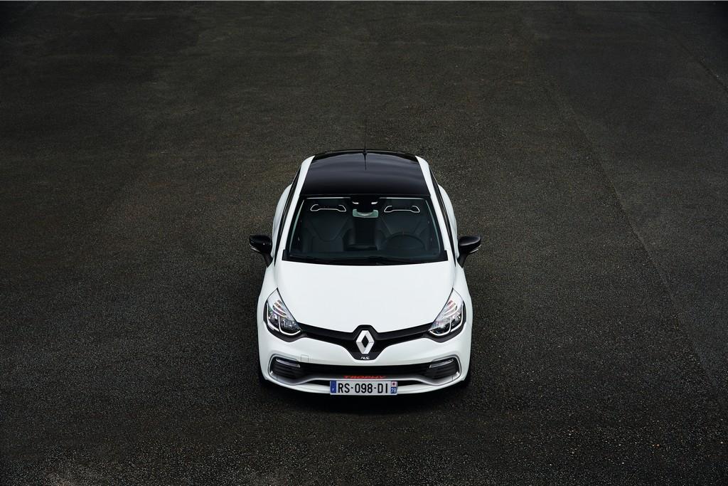Lire l'article «La Renault Clio R.S. en série limitée Trophy 220 ch débute à 28.900€»