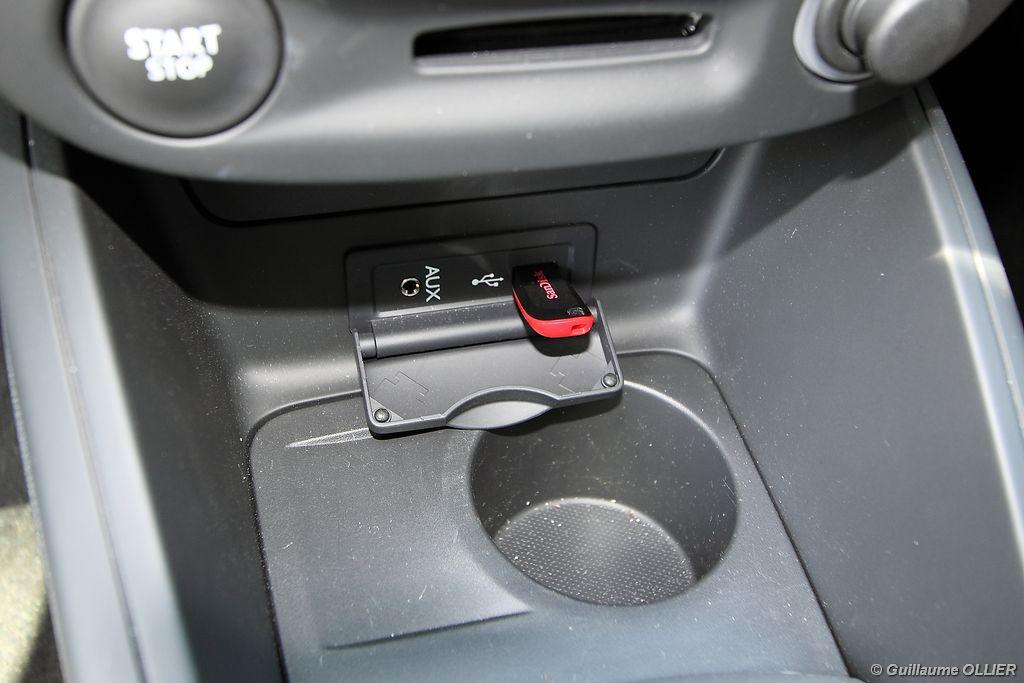 Lire l'article «Essai Renault Megane Coupé dCi 110 EDC»