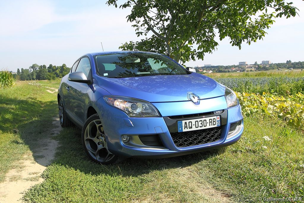 Lire l'article «Essai Renault Megane GT TCe 180»