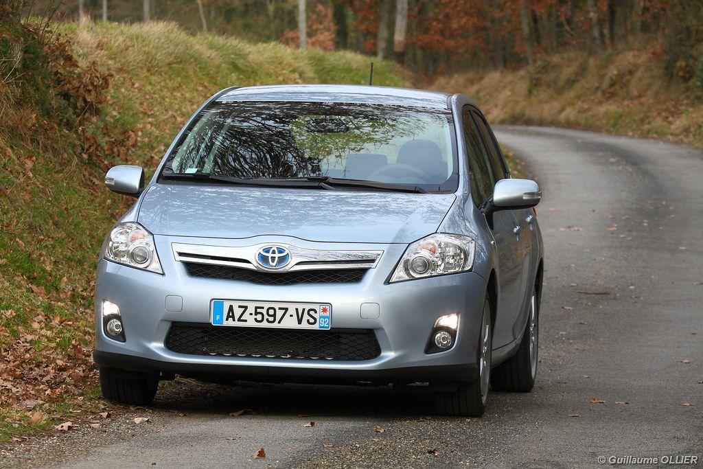 Lire l'article «Essai Toyota Auris Hybride»