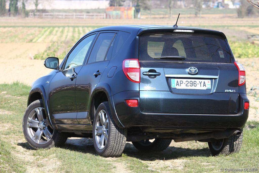 Lire l'article «Essai Toyota RAV-4 2.2l D-4D 150 BVA 4WD»