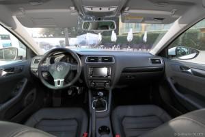 vivre-auto-volkswagen-jetta-tdi105-tdi-140-essai-43