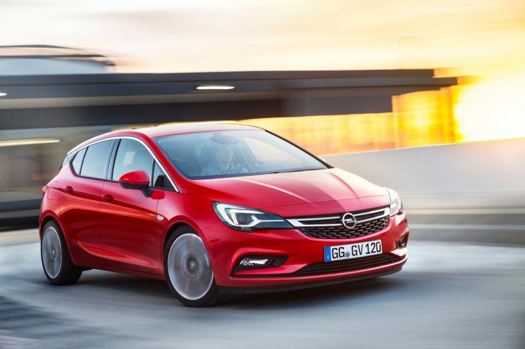Lire l'article «Nouvelle Opel Astra 2015, les premières photos et infos»