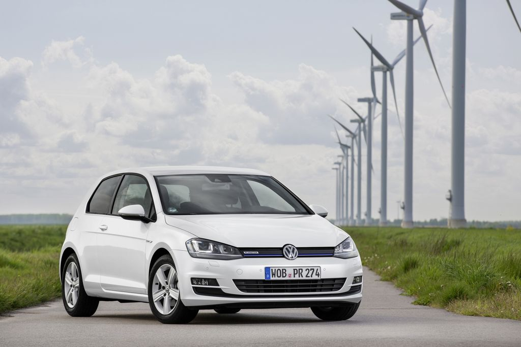 Lire l'article « Nouvelle Volkswagen Golf TSI BlueMotion, 4,3 l/100 km »