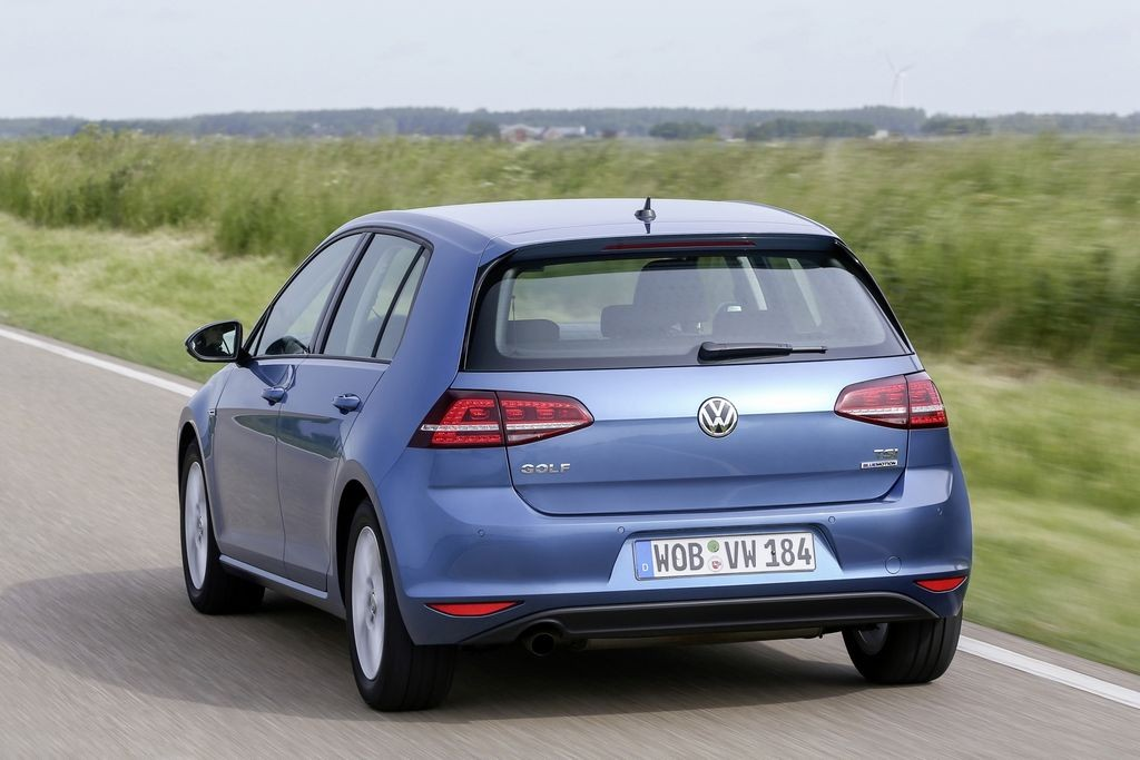 nouvelle volkswagen golf tsi bluemotion 4 3 l 100 km. Black Bedroom Furniture Sets. Home Design Ideas