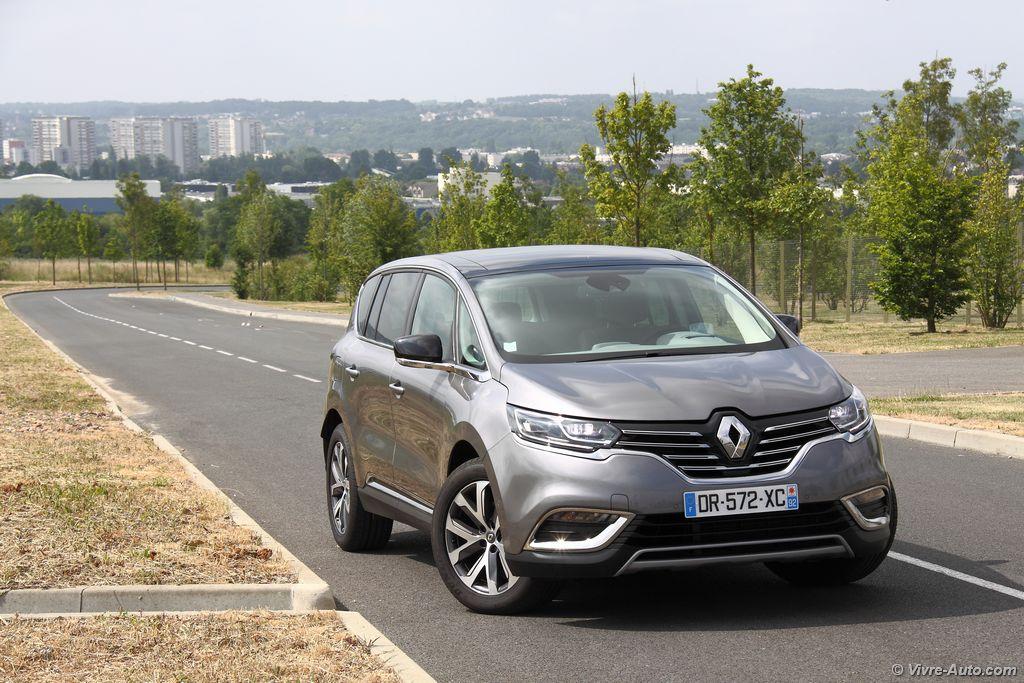 Lire l'article «Essai Renault Espace 5 dCi 160 Intens : le CrossPace»